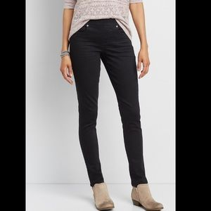 Maurices pull on black jeggings/skinny jeans